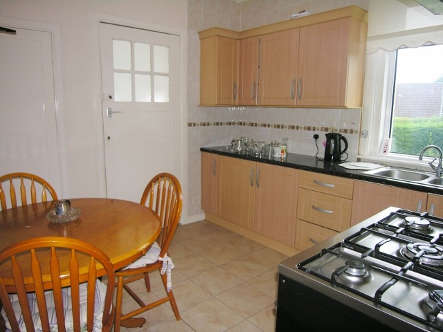KITCHEN (640x480)