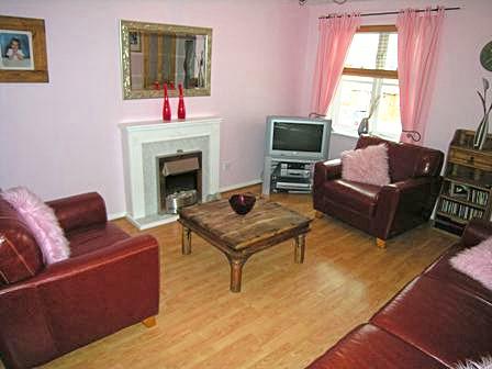 lounge 2 small