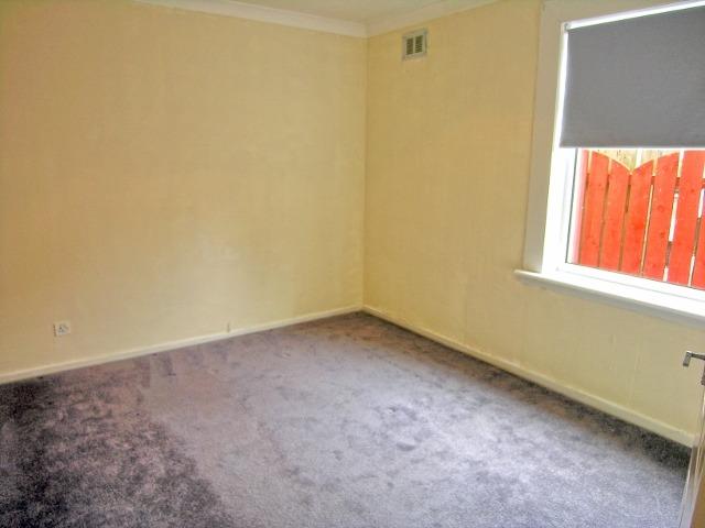 bedroom two (640x480)