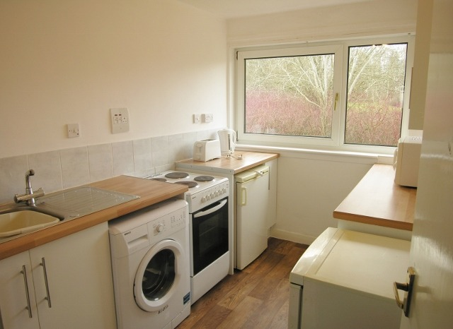 kitchen (640x466)